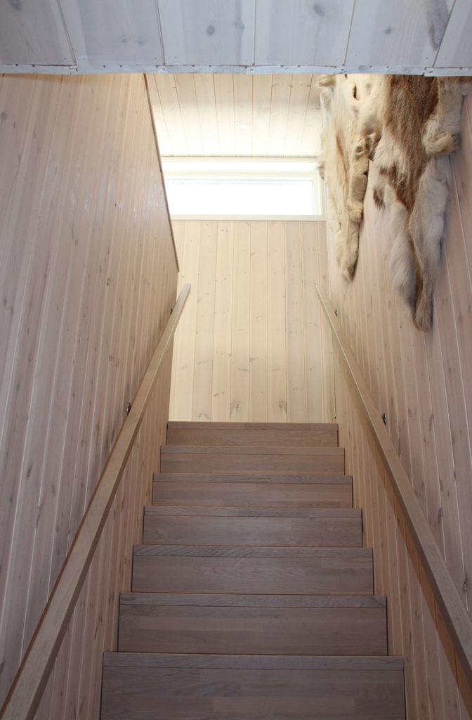 Bilde av trapp. Finalist nummer 2. Hytteprisen 2021.