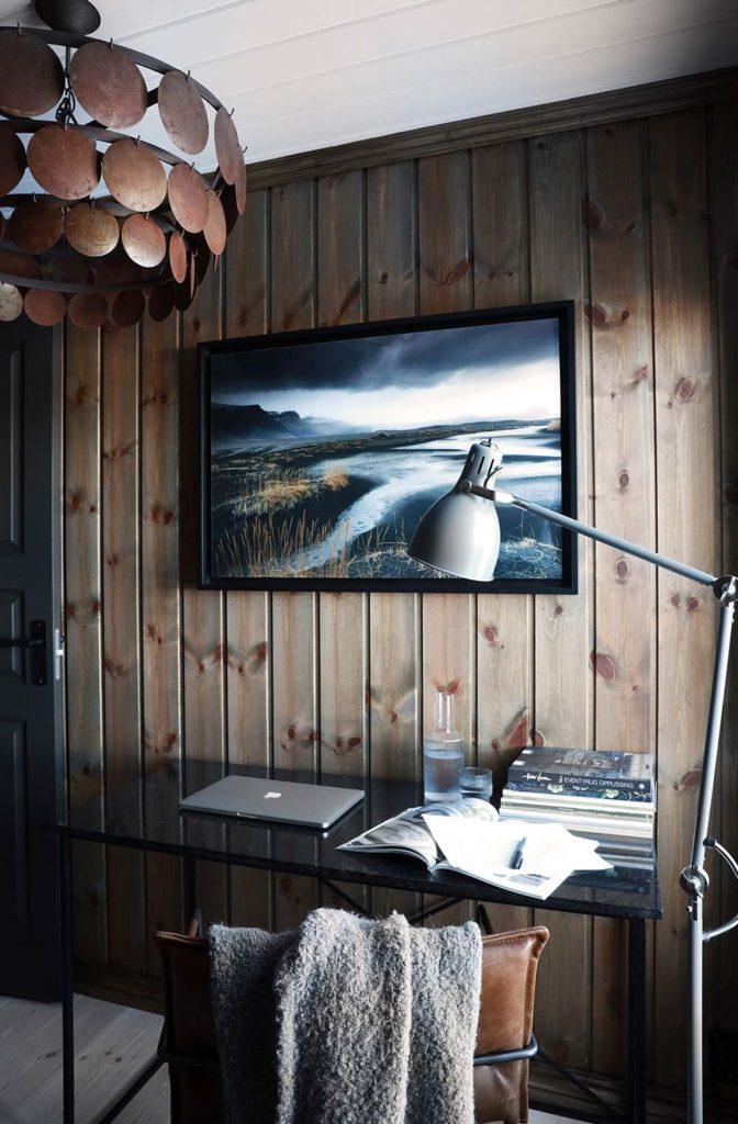 Bilde av panelvegg. Finalist nummer 8 årets hyttepris.